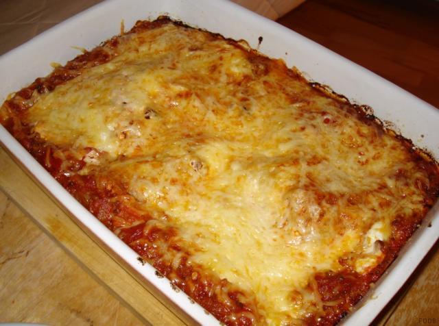fotos und bilder von lasagne lasagne bolognese durchschnitt durchschnittswert fddb. Black Bedroom Furniture Sets. Home Design Ideas