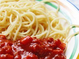 Spaghetti mit Veggi-Hack & Tomatensauce | Hochgeladen von: julifisch