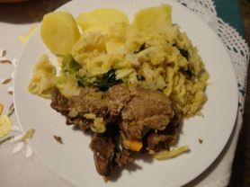Suppenfleisch mit Wirsing und Salzkartoffeln | Hochgeladen von: reg.