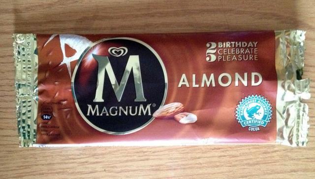 Magnum, Mandel   Hochgeladen von: xmellixx