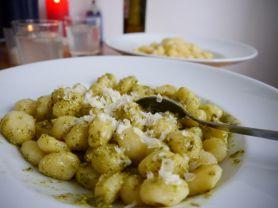 gnocchi mit pesto, schnell | Hochgeladen von: tina a