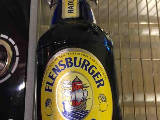 Fotos und Bilder von Alkoholische Getränke, Flensburger Radler ...