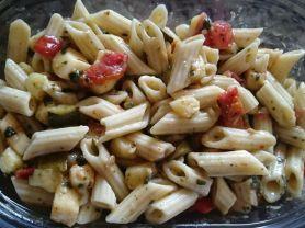 Ready to eat Nudelsalat, Italia mit Tomaten, Zucchini und Mo | Hochgeladen von: chilipepper73
