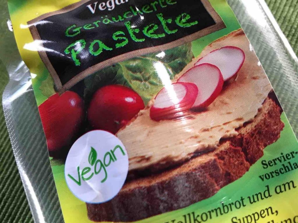 Vegetarische Geräucherte Pastete von vreegan   Hochgeladen von: vreegan