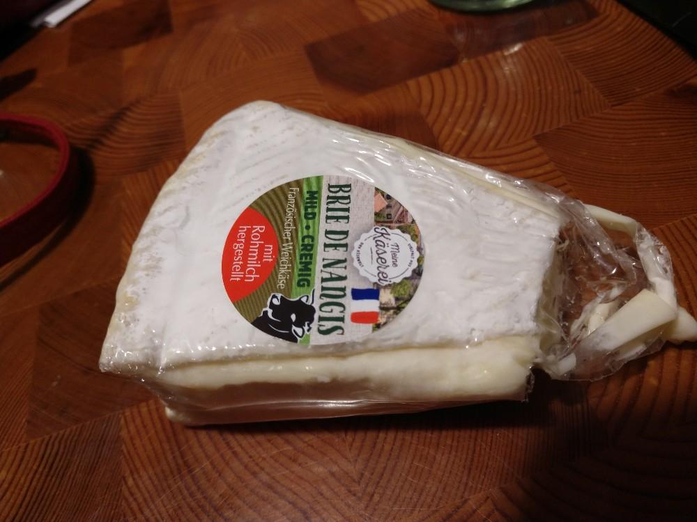 Brie de Nangis, französischer Weichkäse mit Rohmilch hergestellt von tigerbaer.tigerente | Hochgeladen von: tigerbaer.tigerente