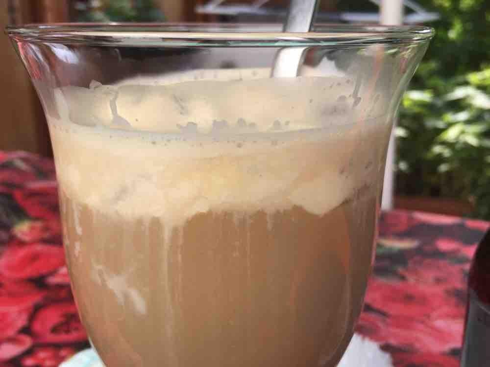 Eiskaffee von BlackandBlue | Hochgeladen von: BlackandBlue