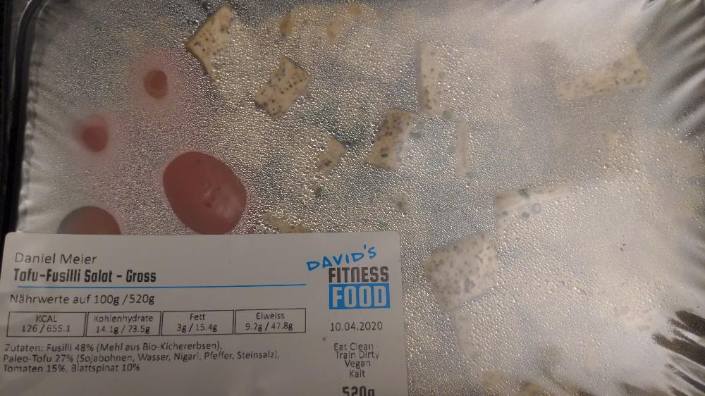 Tofu-Fusilli Salat, gross von Xerxes74   Hochgeladen von: Xerxes74