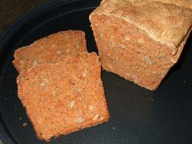 Dinkel-Tomaten-Brot | Hochgeladen von: IamX