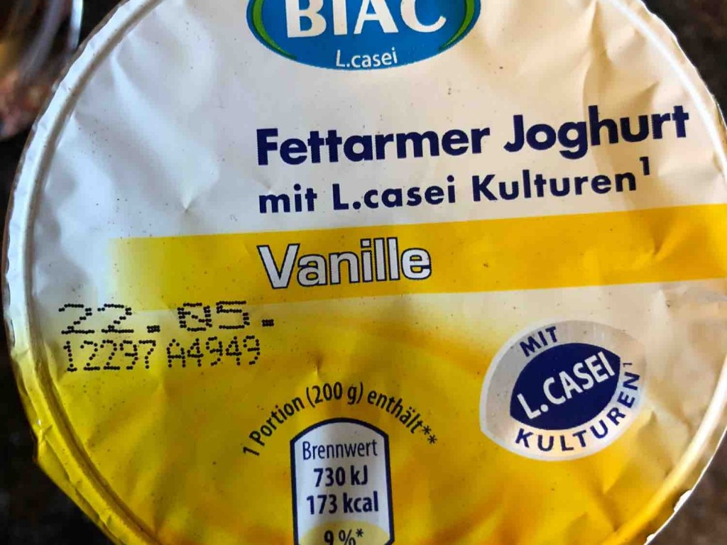 Fettarmer Joghurt, Vanille mit L.casei von michaelsabinema856 | Hochgeladen von: michaelsabinema856