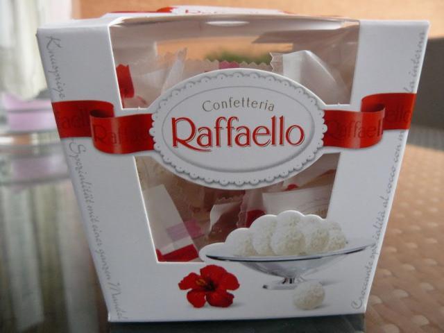 Raffaello Praline | Hochgeladen von: floridia