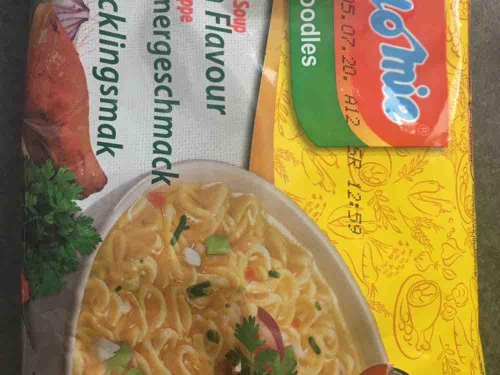 Instant Noodle, Chicken Flavour von Lira | Hochgeladen von: Lira