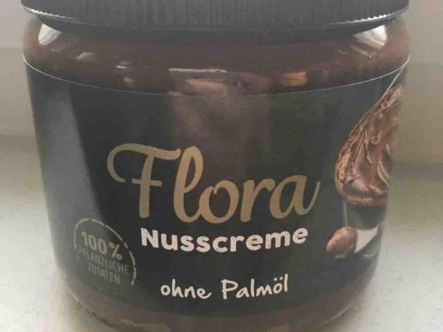 Flora Nusscreme