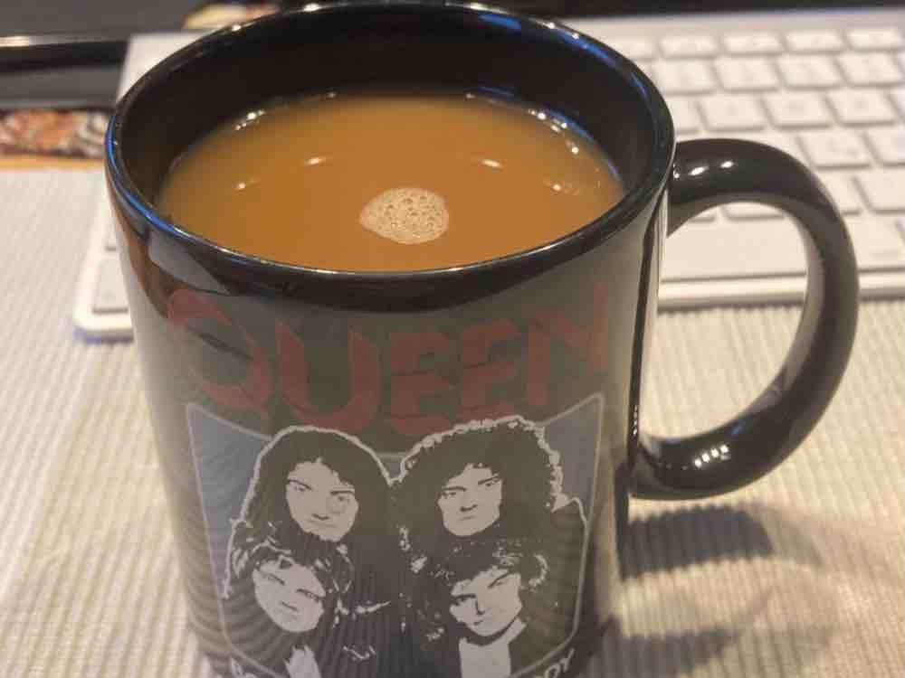 Pott Kaffee, mit 1,5% Milch und etwas Zucker von GuidoWorms | Hochgeladen von: GuidoWorms