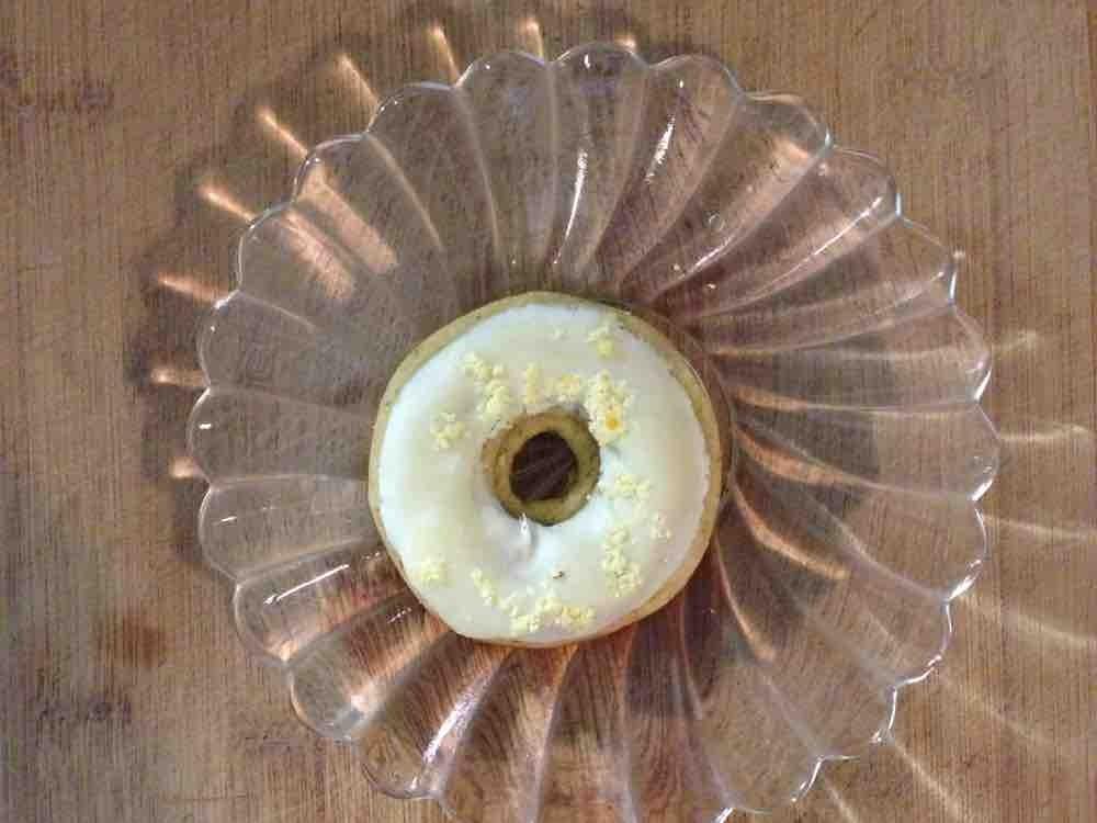 Donut -Zitrone- von Eva Schokolade | Hochgeladen von: Eva Schokolade