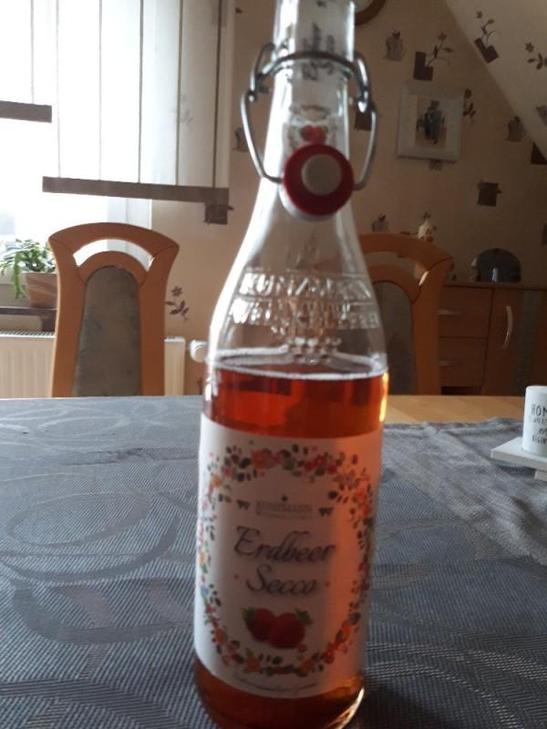 Exquisit Erdbeer Secco von Mao75 | Hochgeladen von: Mao75