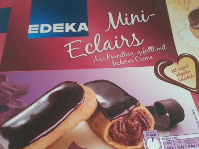 Fotos Und Bilder Von Kuchen Torten Mini Eclairs Kuchen Mit