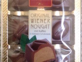 Original Wiener Nougat mit Kaffee in Vollmilchschokolade | Hochgeladen von: Eatlesswalkmore