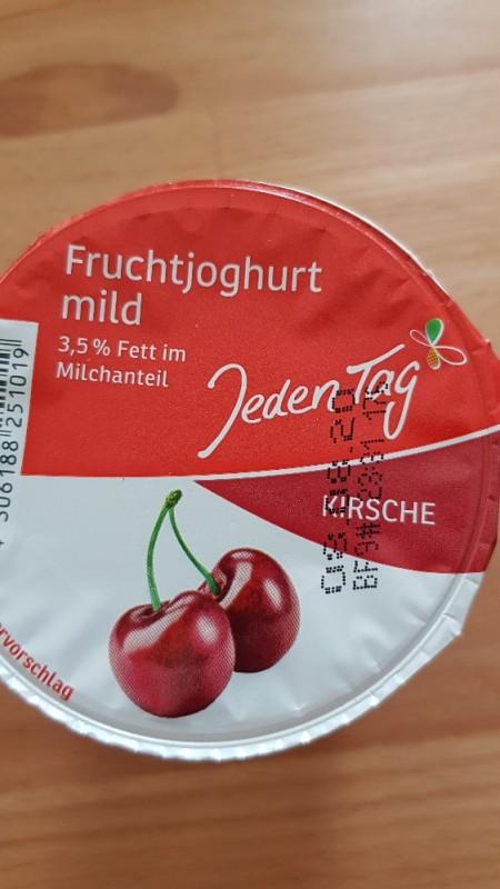 Jogurt Kirsche mild 3,5% Fett, Kirsche von Sammy25879 | Hochgeladen von: Sammy25879