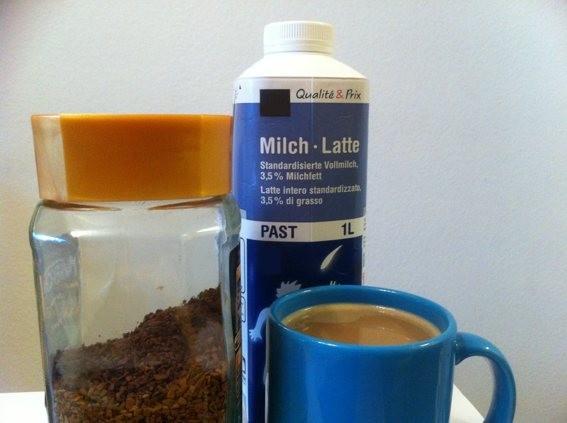 Kaffee mit Milch, ohne Zucker | Hochgeladen von: edding