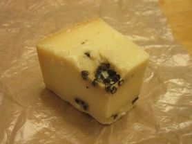 Pecorino Pepato (Schafskäse mit schwarzem Pfeffer), würziger | Hochgeladen von: Niroletta