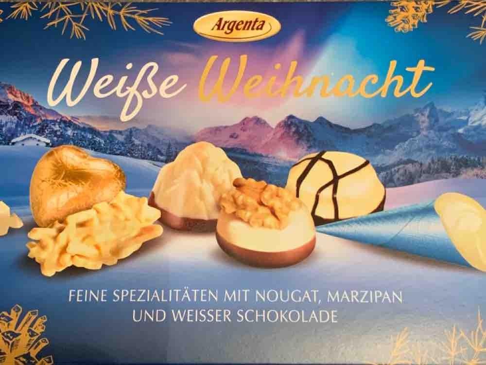 Weiße Weihnacht, Feine Pralinenmischung mit Marzipan und Nougat von ahkoenig   Hochgeladen von: ahkoenig