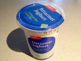 Fettarmer Joghurt cremig gerührt 1,5% Fett   Hochgeladen von: xmellixx