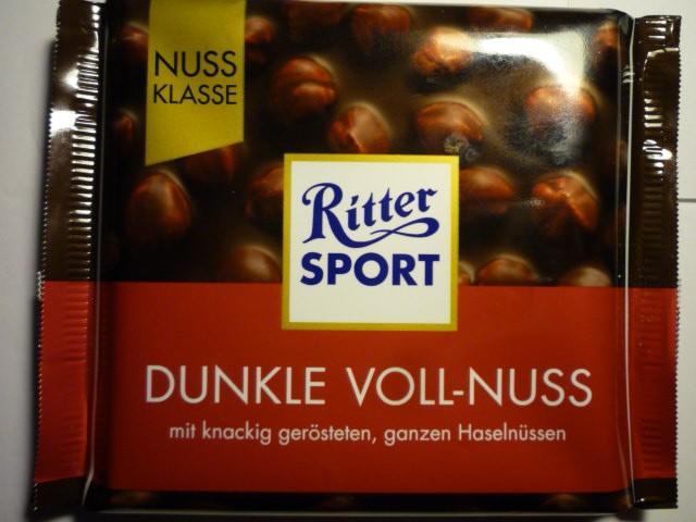 Ritter Sport Dunkle Voll-Nuss | Hochgeladen von: pedro42