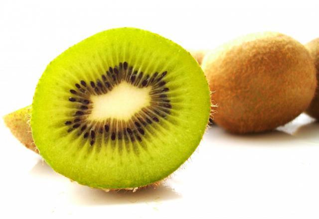 Kiwi, frisch | Hochgeladen von: JuliFisch
