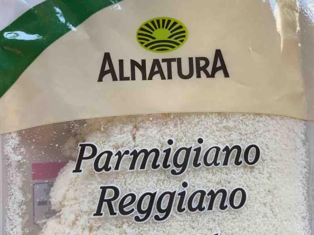 Parmigiano Reggiano frisch gerieben von Julejule | Hochgeladen von: Julejule