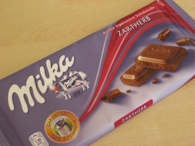 Schokolade, Zartherb (dunkle Alpenmilch)   Hochgeladen von: Teecreme