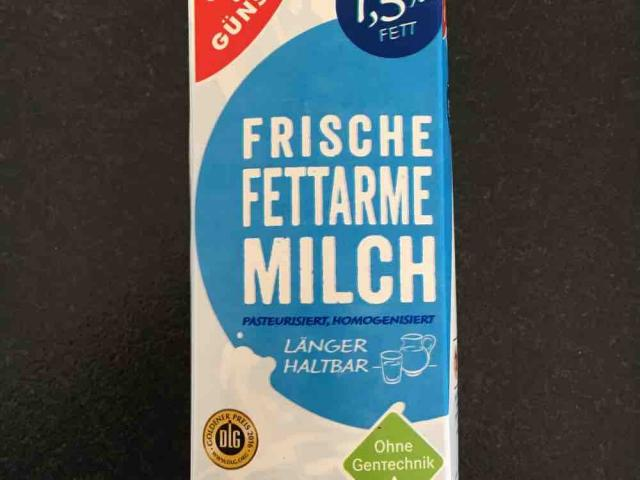 Frische fettarme milch von Denario | Hochgeladen von: Denario