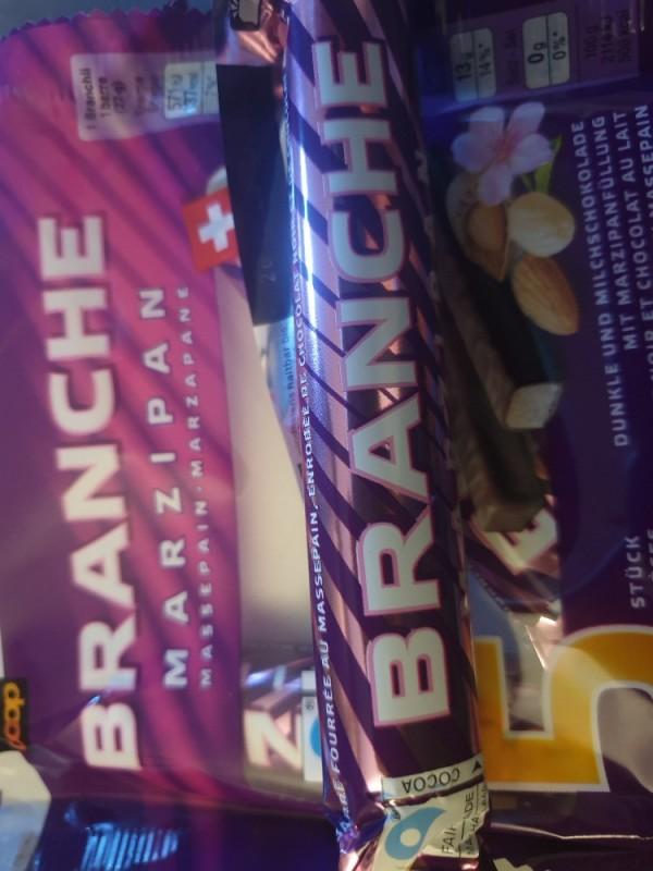 Branche Marzipan, Dunkle Milchschokolade mit Marzipanfüllung von searcher | Hochgeladen von: searcher