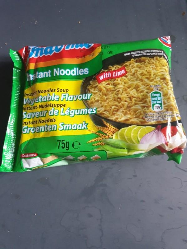 Instant Noodles with Lime, Wasser von nivea789   Hochgeladen von: nivea789