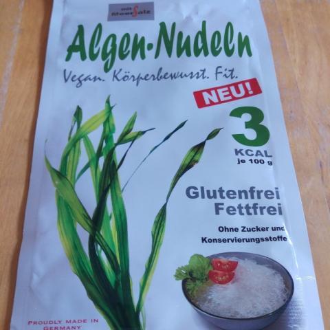 Algen-Nudeln, mit Meersalz | Hochgeladen von: rotezora717