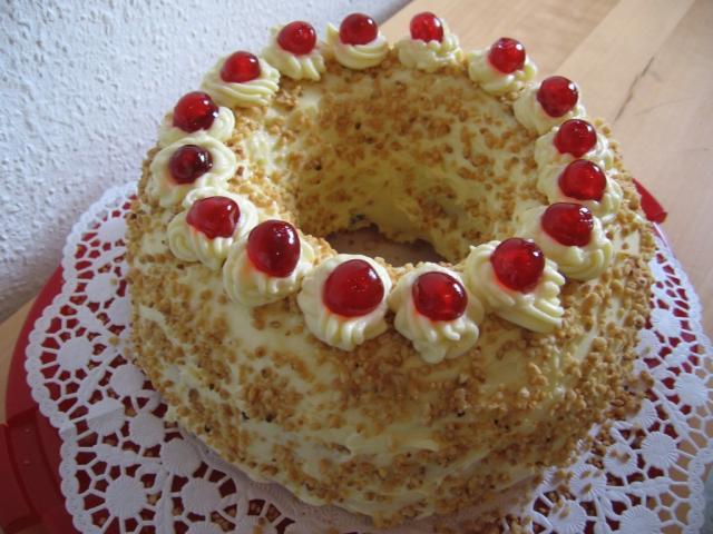 Fotos Und Bilder Von Kuchen Torten Frankfurter Kranz Konditorei