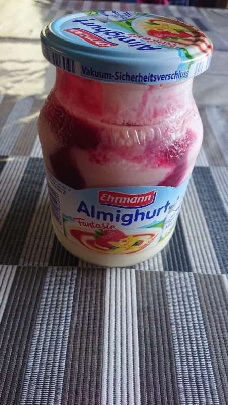 Almigurth Fantasie, Camilla-Erdbeer von Mayana85 | Hochgeladen von: Mayana85