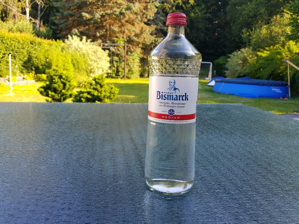 Natrliches Mineralwasser mit Kohlensäure versetzt, wenig Kohlensäure von GeraldG. | Hochgeladen von: GeraldG.