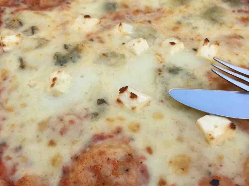 Pizza, Quattro Formaggi von BlackandBlue   Hochgeladen von: BlackandBlue