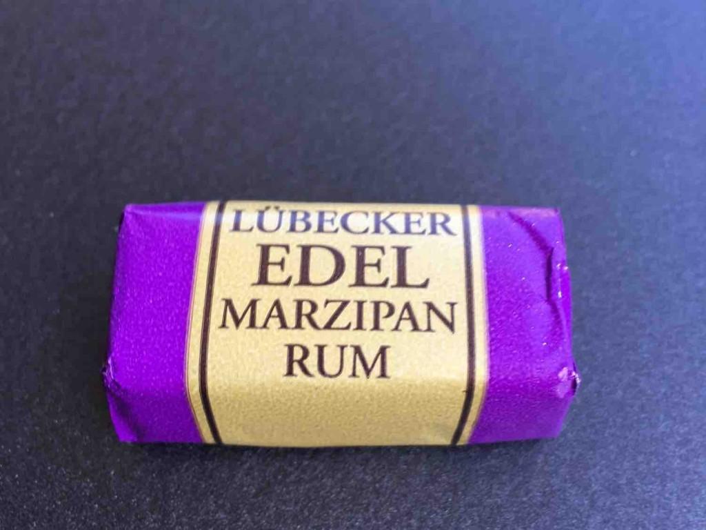 Lübecker Edelmarzipan, Rum von FEwen | Hochgeladen von: FEwen
