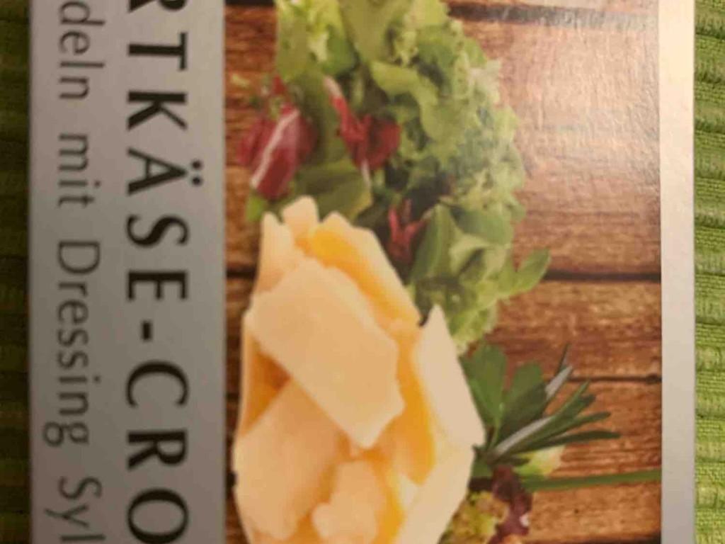 Hartkäse-Croton Salat, auf Nudeln mut Dressing Sylter Art von Christian1992 | Hochgeladen von: Christian1992