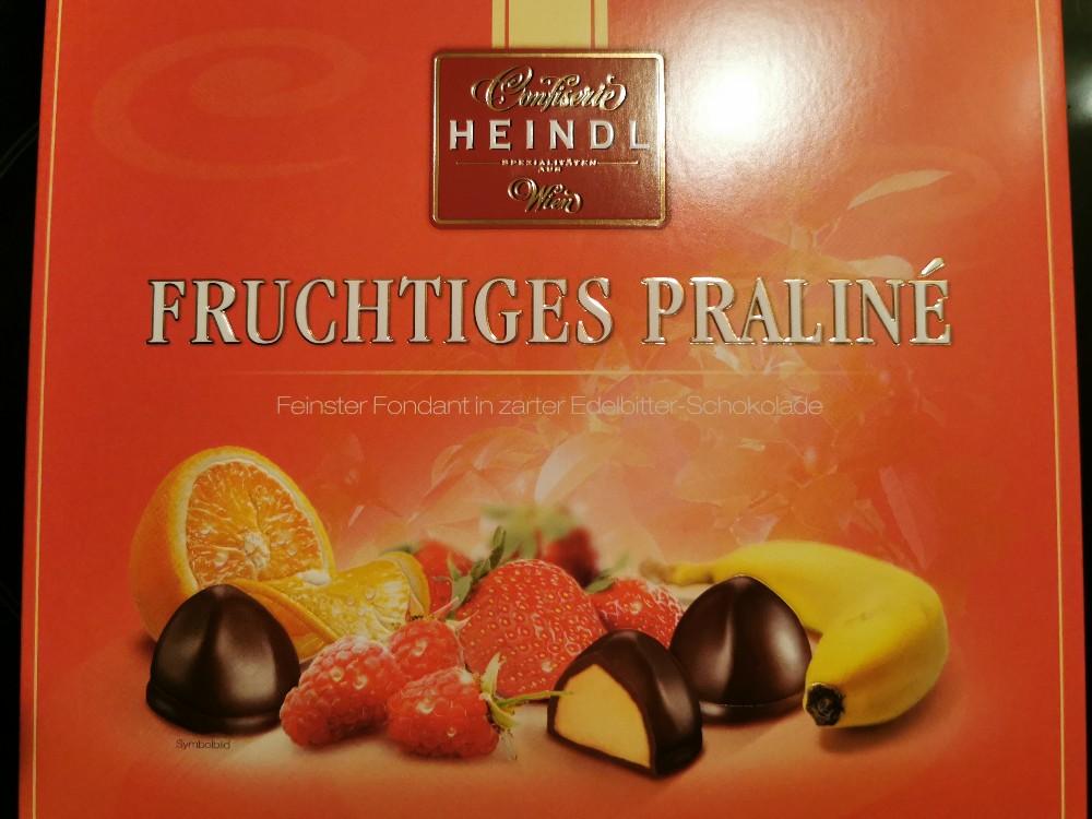 Fruchtiges Praliné, Feinster Fondant in zarter Edelbitter Schokolade von doubleDD | Hochgeladen von: doubleDD