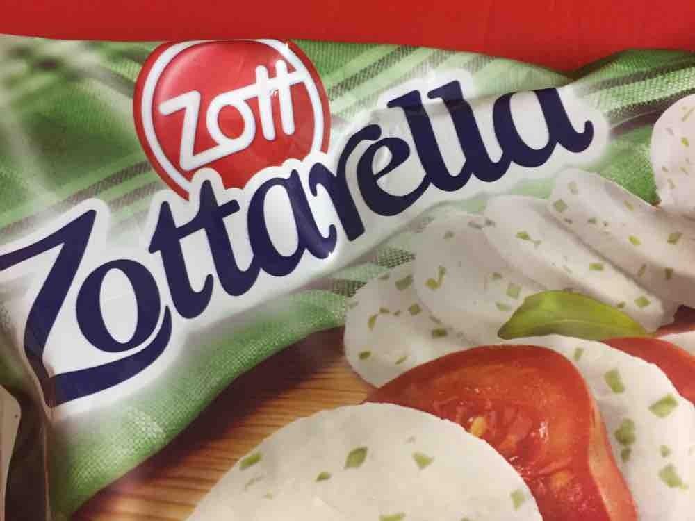 Zottarella, Mozzarella mit Basilikum von Selandia   Hochgeladen von: Selandia