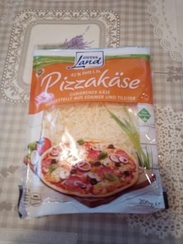 Pizzakäse aus Edamer und Tilsiter 42% Fett i.Tr. | Hochgeladen von: Elke61268