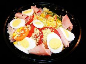Chef-Salat, Gartensalat mit Edamer, Vorderschinken und Ei   Hochgeladen von: Samson1964