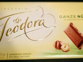 Ganze Nüsse in Vollmilch-Hochfein-Chocolade | Hochgeladen von: Götterwind