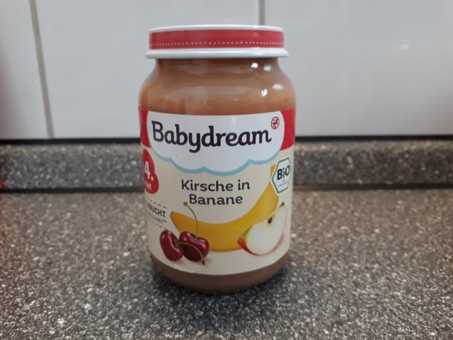 Kirsche in Banane von jacquelinemoell672   Hochgeladen von: jacquelinemoell672