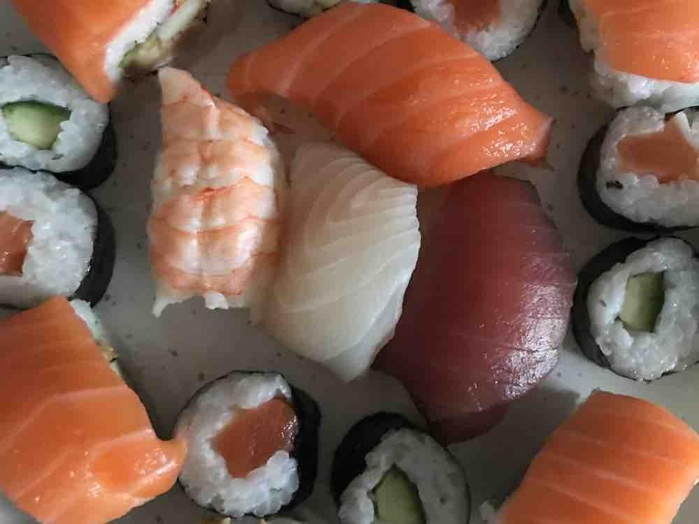 Mixed  Box large, sushi von infoweb161   Hochgeladen von: infoweb161