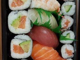 Big Happy Box , Sushi   Hochgeladen von: Maqualady