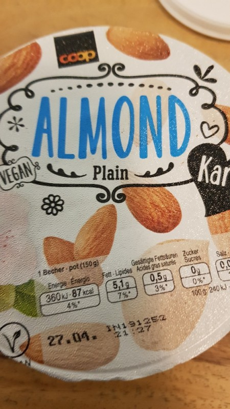 Almond Joghurt, plain von hannahmontana94   Hochgeladen von: hannahmontana94
