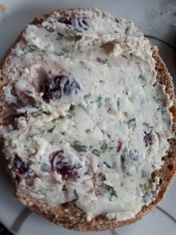 Frischkäse, mit cranberrystückchen von numrollen | Hochgeladen von: numrollen